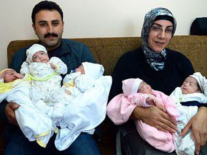 Biri kız beşiz bebek dünyaya getirdi