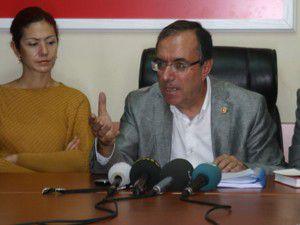 CHPli Karttan Büyükşehir yasa tasarısına tepki