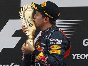 Vettel zirveye uçtu!