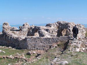 Tarihi sarayda cam buluntular çıktı