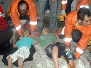 Kamyonetle otomobil çarpıştı: 1 ölü , 5 yaralı