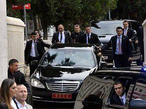 Erdoğandan kabir ziyareti