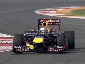 İlk cep Vettelin!
