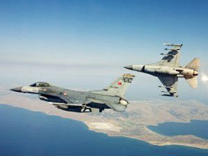 Türk savaş uçakları bomba yağdırdı