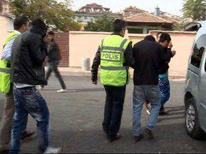 Bayramlık ayakkabı hırsızlığına 3 tutuklama