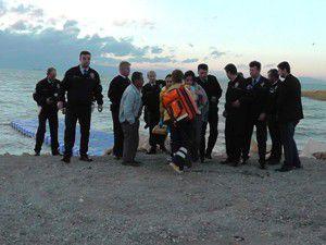 Genç kızı belediye işçisi kurtardı