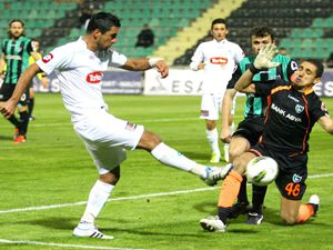 T.Konyaspor Denizlispor karşısına çıkıyor