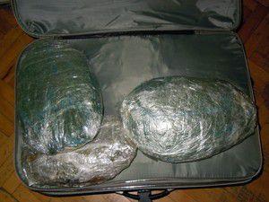 Konyada 16 kilo esrar ele geçirildi