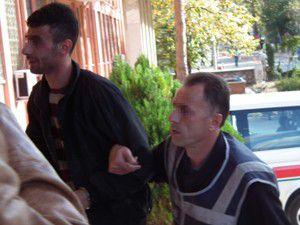 Uyuşturucu satıcısı polise yakalandı