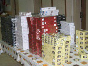 10 Bin paket kaçak sigara ile yakalandılar