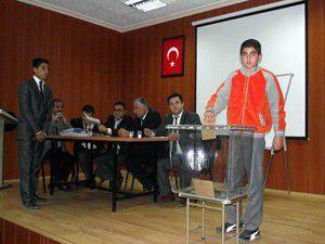 Öğrenci Meclisi Başkanlığı seçimi yapıldı