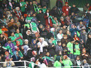 Konyasporlu kadın ve çocuklara özel tribün