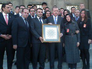 AK Parti Meram Gençlikten meclis çıkarması