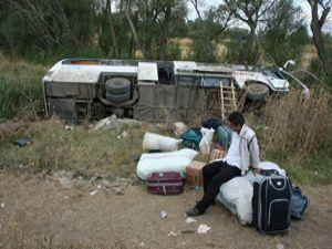 Konyada otobüs dereye devrildi: 9 yaralı