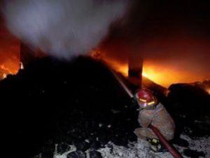 Dakkada fabrika yangını: 112 ölü