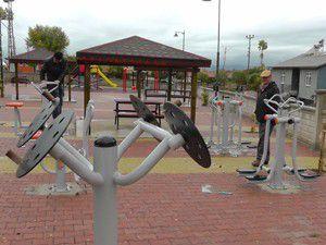 Kırelide parklar fitnes aletleriyle donatılıyor