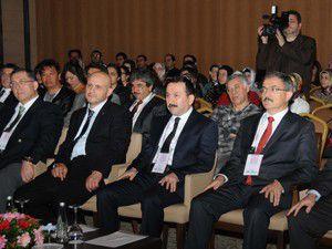 Selçuklu Tıp cerrahları Konyada buluşturdu