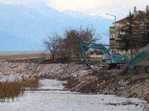 Beyşehir Gölünde sağlamlaştırma çalışmaları