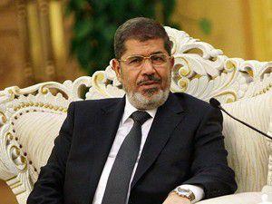 Mursi siyasi partilerle görüşecek