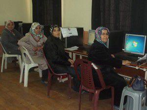 Ev kadınlarına yönelik bilgisayar kursu