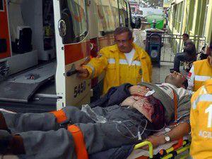 Konyada bıçaklanan kişi ağır yaralandı