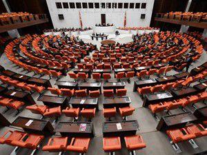 3 Bakanlığın 2013 yılı bütçeleri kabul edildi
