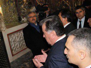 Rahman Mevlana Müzesini ziyaret etti
