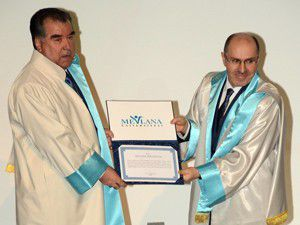 Tacikistan Cumhurbaşkanına fahri doktora