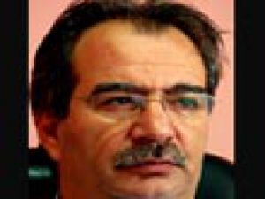 Ali Turan 1 yıl daha T.Konyasporda