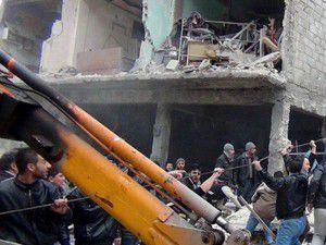 Esed güçleri fırın bombaladı: 15 ölü