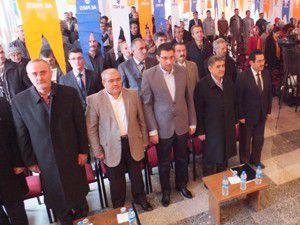 AK Parti danışma meclisleri sürüyor