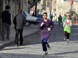 Akşehirde Atatürk Kır Koşusu yapıldı