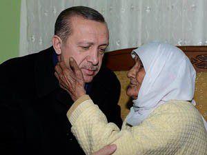 Erdoğandan 101 yaşındaki nineye ziyaret