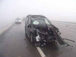 Yoğun sis zincirleme kazaya neden oldu