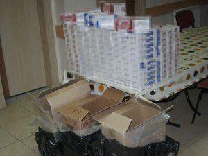 Bin 600 paket kaçak sigara bulundu