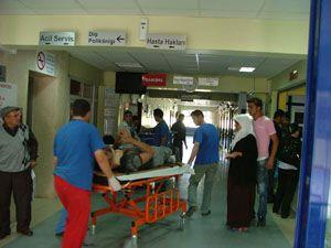 Kamyonet motorsikletle çarpıştı: 2 yaralı
