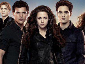 Twilight serisinin sonuncu filmi damgasını vurdu