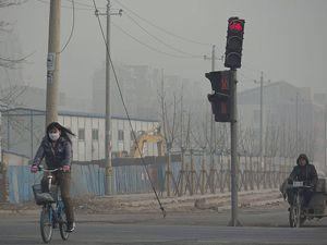 Çinde halk maskesiz dışarı çıkamıyor