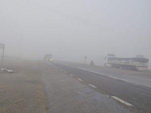 Akşehirde sis hayatı olumsuz etkiliyor