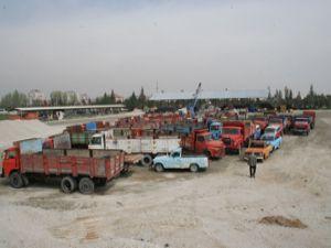 Hurda taşıt araçları Özel İdareye teslim edildi
