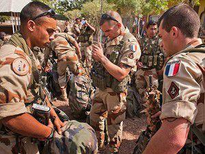 Bölgeye çok sayıda asker gönderildi