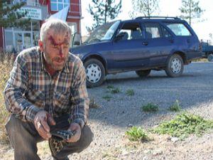 Minibüsle otomobil çarpıştı: 2 yaralı