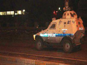1 polis memuru hafif yaralandı