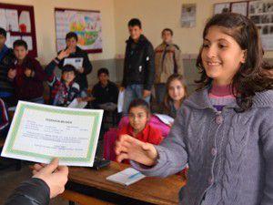 Konyada 444 bin 200 öğrenci karne aldı