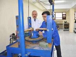 PVC Boru ve Vana Laboratuarı faaliyete geçti