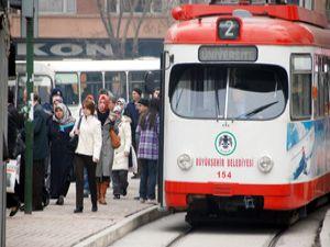 Toplu ulaşım araçlarının sefer sayıları artırıldı