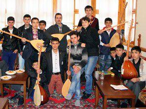 Sille Kültür Evinde Türk Sanat Müziği eğitimi