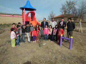 Köylere Hizmet Götürme Birliğinden çocuklar için park