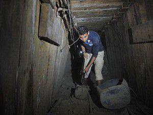 Gazze tünelleri suyla kapatılıyor