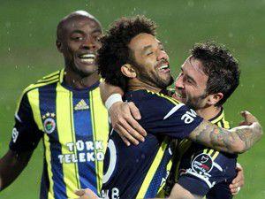 Fenerbahçe deplasmanda güldü